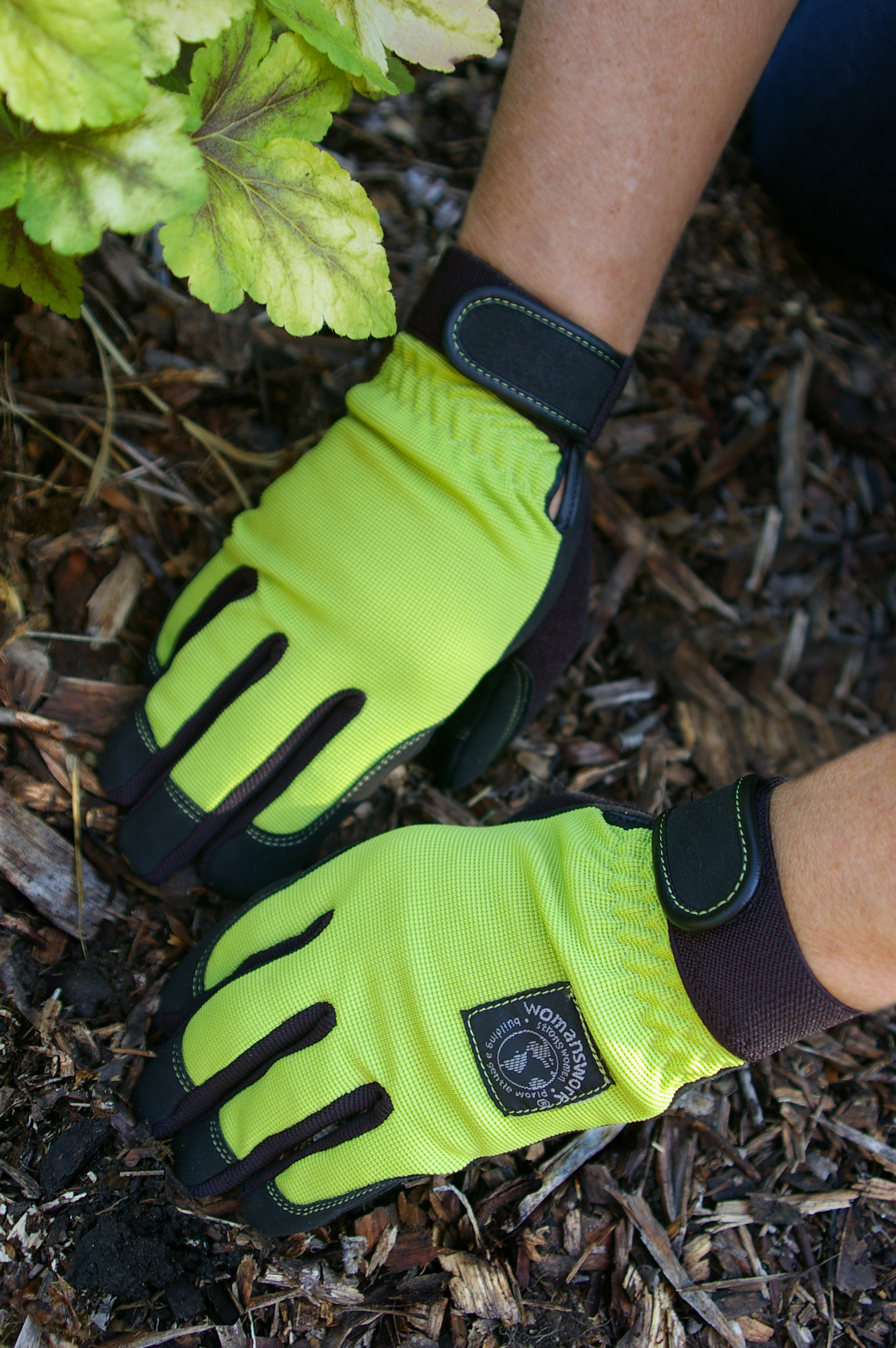 4 Gloves Sloat Garden Center